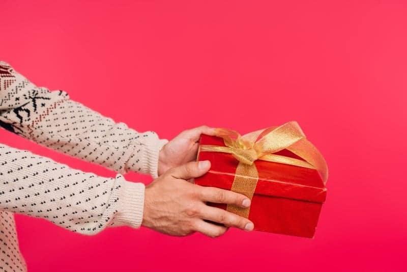 Værtindegaver til jul – og hvorfor den betyder så meget